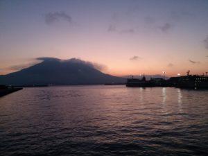 桜島の朝焼け